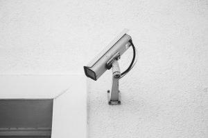 VPN-yhteyden avulla luodaan suojattu yhteys kahden laitteen välille